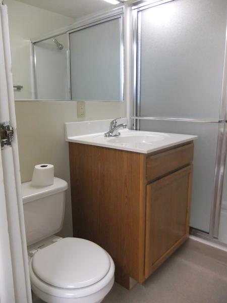 bathroom, 2nd floor